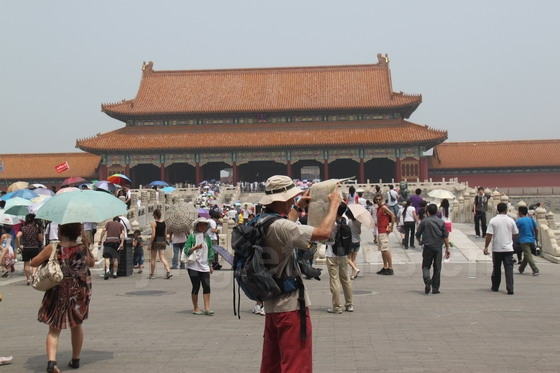 Following the tourist map of the Forbidden City
